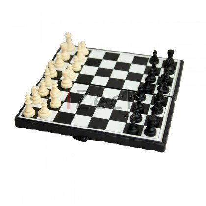 NEW Magnetic Folding Chess Board Game